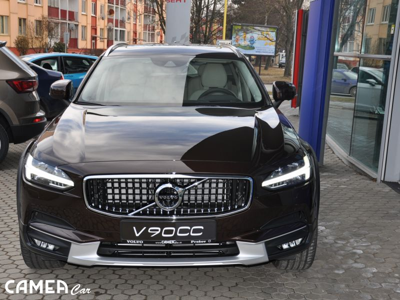 VOLVO V90CrossCountry D5 173kW AWD AT8 Inscription
