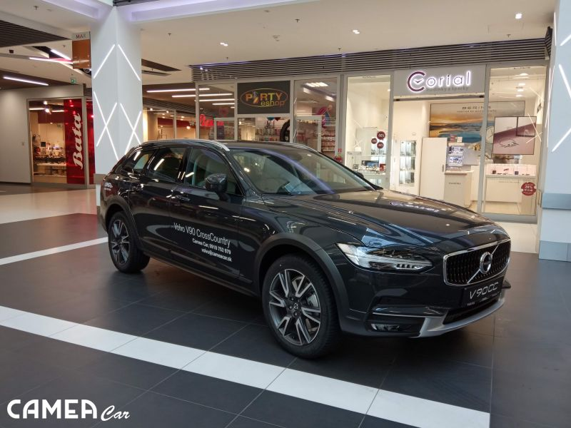 VOLVO V90CC D5 173kW AWD AT8 CrossCountry PRO