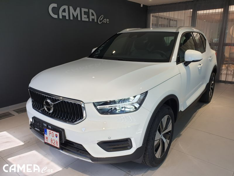 VOLVO XC40 T2 FWD 95kW AT8 Momentum AKCIA!