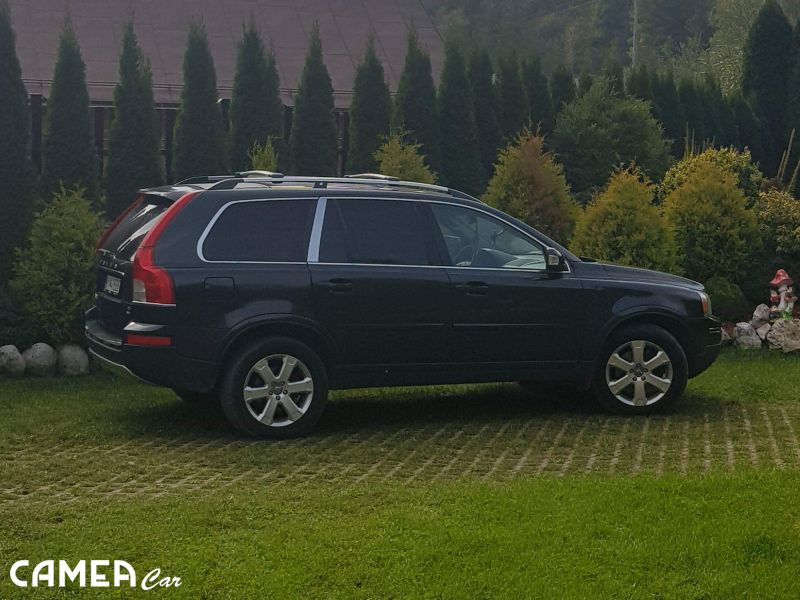 VOLVO XC90 D5 136kW AT6 AWD Summum