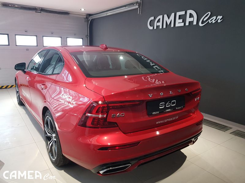 VOLVO New S60 T5 FWD AT8 187kW R-DESIGN
